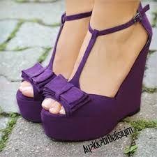 mor topuklu ayakkabı modelleri ile ilgili görsel sonucu