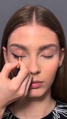 Edgy Makeup, Makeup Eye Looks, Eye Makeup Art, Prom Makeup, Eyeshadow Looks, Glamour Makeup, Grunge Makeup, Eye Art, Smokey Eye Makeup