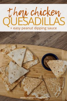 Crispy quesadillas filled with two types of cheese, chicken, shredded carrots, and broccoli paired with a simple spicy peanut dipping sauce make this a dinner that everyone will love! Frugal Meals, Budget Meals, Easy Meals, Caramel Apple Crisp, Caramel Apples, Best Apple Crisp Ever, Peanut Dipping Sauces, Apple Crisp Recipes, Chicken Quesadillas