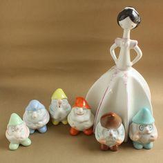 Retró porcelánok: Hófehérke és a hat törpe - Aquincum porcelán Retro Art, Art Deco, Pottery, Ceramics, Modernism, Christmas Ornaments, Hungary, Holiday Decor, Funny Things
