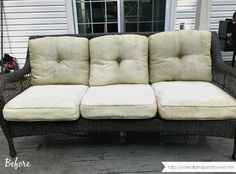 How to remove mildew stains from outdoor cushions in one afternoon and completely bring them back to life in just a few steps! Outside Cushions, Patio Cushions, White Cushions, Remove Mold Stains, Mildew Stains, Mildew Remover For Fabric, Remove Mould From Fabric, Cleaning Outdoor Cushions, Patio Cushion Covers