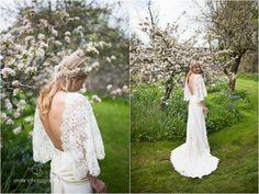 Wedding Photography Cornwall © Green Photographic (www.greenphotographic.co.uk). Backless wedding dress.