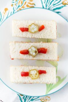 These adorable ham and pimento cheese tea sandwiches would be perfect for a Southern tea party or afternoon tea! And they're topped with the cutest pickled okra garnishes! Best Appetizer Recipes, Quick Appetizers, Sandwich Recipes, Appetizers For Party, Appetizer Ideas, Pimento Cheese Sandwiches, Cucumber Tea Sandwiches, Tea Party Sandwiches, English Tea Sandwiches