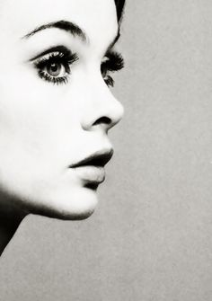 Jean Shrimpton has a classy look. How creative have you been with your profile photo?