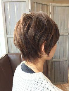 ウルフベースのショートスタイル - 24時間いつでもWEB予約OK!ヘアスタイル10万点以上掲載!お気に入りの髪型、人気のヘアスタイルを探すならKirei Style[キレイスタイル]で。 Short Hair Cuts, Short Hair Styles, Asian Haircut, Great Hair, Hair Hacks, Salons, Hair Care, Hair Color, Hair Beauty