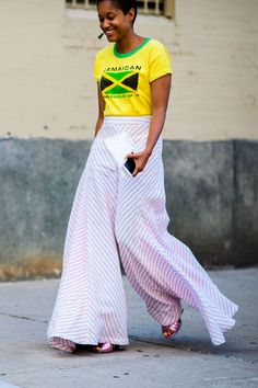 The Best Street Style at New York Fashion Week Black Girl Fashion, Big Fashion, Cool Street Fashion, New York Fashion, 2017 Fashion Outfits, New Outfits, Fashion Trends, Yellow Outfits, Fashion Inspiration