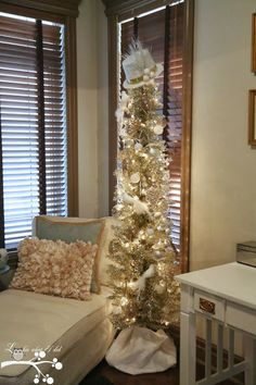 """Gold Metallic Christmas Tree - A """"Frosty"""" Hat Tree Topper"""