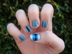 my blue stripe nails!