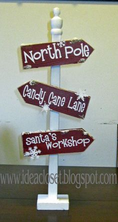 Idea Closet: More Christmas Projects - Christmas Sign Post kit Christmas Signs, Outdoor Christmas, Winter Christmas, All Things Christmas, Christmas Holidays, Christmas Ornaments, Christmas Post, Holiday Signs, Office Christmas