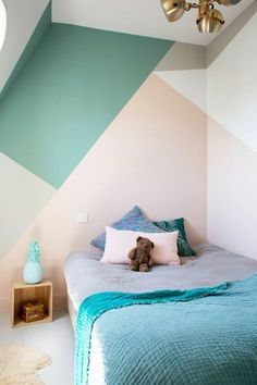 Looking to Geometric Wall Painting Ideas And How To Make It? Here are DIY painted geometric wall decor, How To Paint A Geometric Wall and Dazzling Geometric Walls for the Modern Home. Bedroom Wall, Kids Bedroom, Bedroom Decor, Kids Rooms, Kids Room Paint, Wall Decor, Wall Mural, Bedroom Ideas, Paint Decor