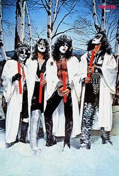 Kiss-Poster-1977-2-bak.jpg 288×425 pixels