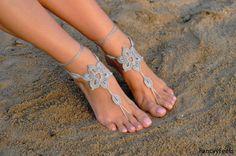Uncinetto argento sandali a piedi nudi, piedi gioielli, regalo di damigella d