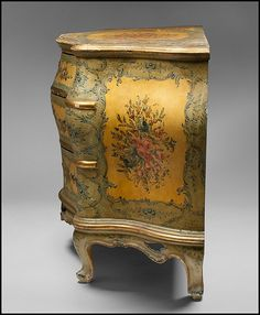 We present a beautiful late 19th century three drawer Venetian bombé commode in the Rococo style hand painted with floral reserves in the Lacca Povera