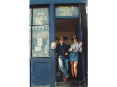 Carl Freedman: Tracey Emin and Sarah Lucas outside The Shop in Bethnal Green, London, 1993