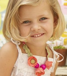 cute necklace for Paisley....i could definitely make this