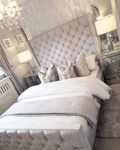 Love my new table lamps I bought from iconic_lights.Took me ages to find ones just right as I m too fussy Swipe for a close up Have a fab Friday Room Ideas Bedroom, Room Wall Decor, Bedroom Inspo, Bedroom Sets, Home Decor Bedroom, Living Room Decor, Bedrooms, Simple Bedroom Design, New Room
