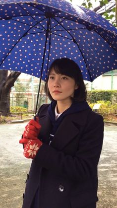 雨傘/農学部三年 #東大美女図鑑 #東京大学 #東大 #美女 #UTsweetheart #girl #beauty #Tokyo #universidaddetokio #chica #belleza #linda #農学部