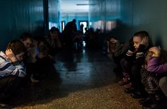 Shivering, Hungry and Tearful in Rebel-Held Eastern Ukraine - NYTimes.com