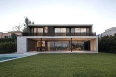 Proyecto, dirección y construcción de casas, edificios residenciales y comerciales #fachadasminimalistasconcreto