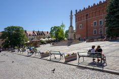 15 glass benches made of Pilkington Glass were unveiled on the market square of the Old Town in . Pilkington Glass, Old Town, Benches, Poland, Old Things, Street View, Old City, Banks