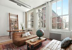 Jonah Hill is is set to net over $1.1 million when he sells his stunning 2,000-square-foot New York loft http://dailym.ai/VnNLz1