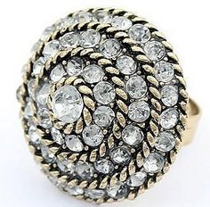 This Elizabeth Taylor-inspired ring adds charm to any outfits.