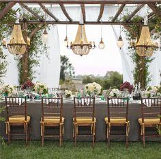 Amazing detail in this outdoor wedding reception. Photo: Aaron Delesie Photographer