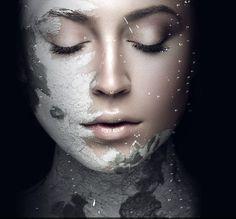 Знаете ли Вы, что наша маска Epoch Glacial Marine Mud питает кожу более чем 50 полезными минералами и микроэлементами? Идеальное восстановление кожи после воздействия летнего солнца! Лифтинг без скальпеля, стройность без диет