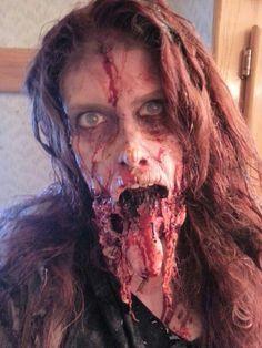 Scary Halloween Schmink Looks, Trends & Ideen 2016 Horror Makeup, Zombie Makeup, Scary Makeup, Sfx Makeup, Costume Makeup, Makeup Looks, Devil Makeup, Zombie Art, Beauty Makeup