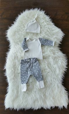 Check out this item in my Etsy shop https://www.etsy.com/listing/291479127/baby-boy-coming-home-outfit-take-home