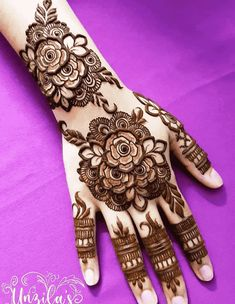 Floral Henna Designs, Latest Henna Designs, Henna Tattoo Designs Simple, Finger Henna Designs, Back Hand Mehndi Designs, Mehndi Designs Book, Mehndi Designs For Girls, Mehndi Designs For Beginners, Unique Mehndi Designs
