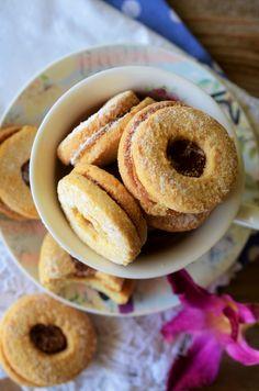 Romanian Food, Romanian Recipes, Cake Recipes, Dessert Recipes, Dessert Ideas, Mirrored Coffee Tables, Food Cakes, Vegan Desserts, Biscotti