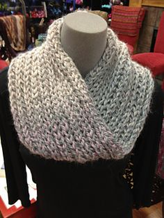 Chunky Brioche Cowl  with a moebius twist. Bulky weight yarn, or double strands of worsted. Sz 13 needles.  If using provisional cast-on, set up first with two rows of knitting.  $6 pattern purchase.