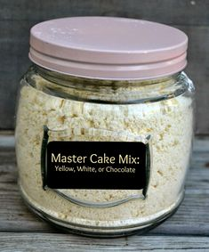 Master Cake Mix: (makes about 17 cups mix)- 10 C. flour, 6 C. sugar, 1 C… Homemade Cake Mixes, Homemade Spices, Homemade Seasonings, Homemade White Cake Mix Recipe, Bolo Cake, Cake Mix Recipes, Dry Cake Mix Recipe, Recipe Mixes, Chocolate Cake Mixes