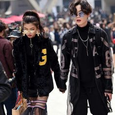 Couples at Seoul Fashion Week. Swipe left #WEDESIRE