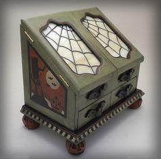 OOAK Vintage Style Halloween Light Up Keepsake / Jewelry Box I bought this! It is mine!!