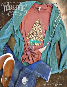 Wild Spirit Leopard Arrowhead Graphic Tee (S-2XL) – Texas Two Boutique
