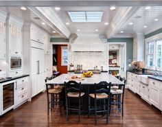 so in love with this kitchen!!