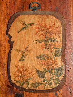 Vintage Small Rustic Folk Art Hand Painted Hummingbird Wood Wall Art Decor Plaque by bohemiangypsychicago on Etsy Vintage Wall Art, Vintage Walls, Vintage 70s, Vintage World Maps, Wood Wall Art Decor, Hummingbird, Folk Art, Hand Painted, Rustic