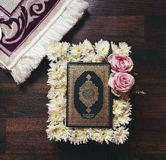 Quran Wallpaper, Islamic Wallpaper, Quran Pak, Islam Quran, Islamic Images, Islamic Pictures, Ramadan, Lockscreen Iphone Quotes, Quran Karim