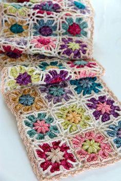 Bali Wrap Crochet pattern by Sandra Paul – Granny Square Crochet Stitches For Blankets, Crochet Shawls And Wraps, Basic Crochet Stitches, Crochet Squares, Crochet Basics, Granny Squares, Crochet Wrap Pattern, Crochet Chart, Crochet Motif