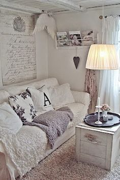Home Decor Ideas Joanna Gaines about Shabby Chic Furniture Eastbourne round Shabby Chic Curtain Swag of Shabby Chic Living Room With Brown Sofa; How To Make Shabby Chic Bedding Shabby Chic Bedrooms, Shabby Chic Cottage, Vintage Shabby Chic, Shabby Chic Homes, Shabby Chic Style, Shabby Chic Furniture, Bedroom Furniture, Bedroom Benches, Blue Bedrooms