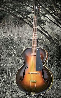 Jazz Guitar, Music Guitar, Guitar Amp, Cool Guitar, Playing Guitar, Archtop Guitar, Acoustic Guitars, Unique Guitars, Vintage Guitars