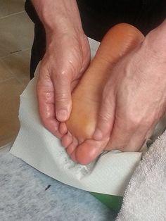 why use essential oils feet
