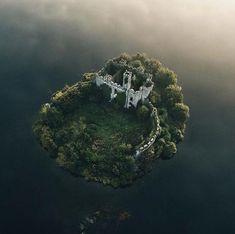 Castle Island, Lough Key, County Roscommon,Ireland - Travel Tips Beautiful Castles, Beautiful World, Beautiful Places, Beautiful Islands, Abandoned Castles, Abandoned Places, Abandoned Mansions, Haunted Places, Abandoned Buildings