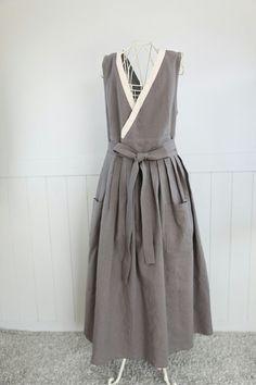 장금이 앞치마는 단체로 유치원이나 어린이집에서 단체 생활한복 스타일 입어보신다고 주문많은 장금이 앞... Fur Fashion, Fashion Looks, Korea Dress, Dress Skirt, Dress Up, Korea Fashion, Linen Dresses, Lovely Dresses, Costume Dress