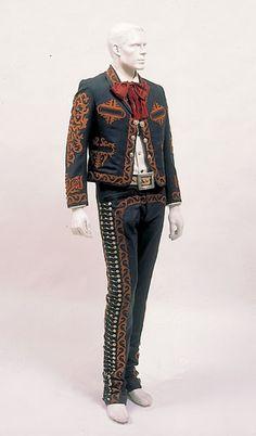 Gala Charro Suit, 1940s, Manufactured by Casa Encinas. Courtesy of Gabriel Cabello Martinez. Photo © 33PHOTO and Arte en la Charrería by International Arts & Artists, via Flickr