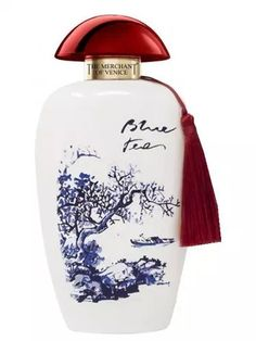 Take a trip to the Far East with The Merchant Of Venice Blue Tea Eau de Parfum Spray, a fresh green-floral fragrance for women that's centred around the precious qualities of blue tea. This Eau de Parfum is truly a work of alchemy, and the re Blue Perfume, Perfume Bottles, Elizabeth Arden White Tea, Delay Cream, Perfume Display, The Merchant Of Venice, Apple Tea, Beauty Sale, Flower Tea