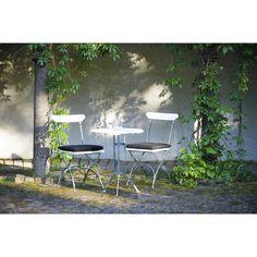 Bryggeri caféryhmä, valkoinen maalattu Grythyttan Stålmöbler - Osta kalusteita verkossa osoitteessa