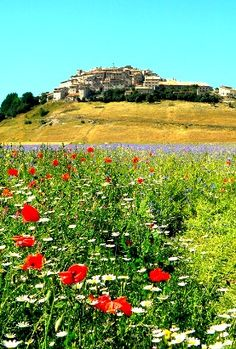 Discover an Italy without tourists. Discover this forgotten corner of Italy